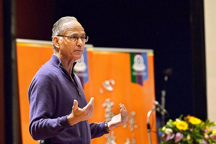 福智心靈教育與環境永續論壇,2013年講者約翰羅賓斯