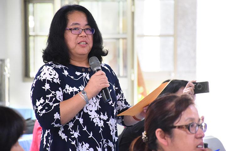 新竹縣教育處官員偕同國中小校長,參訪福智教育園區
