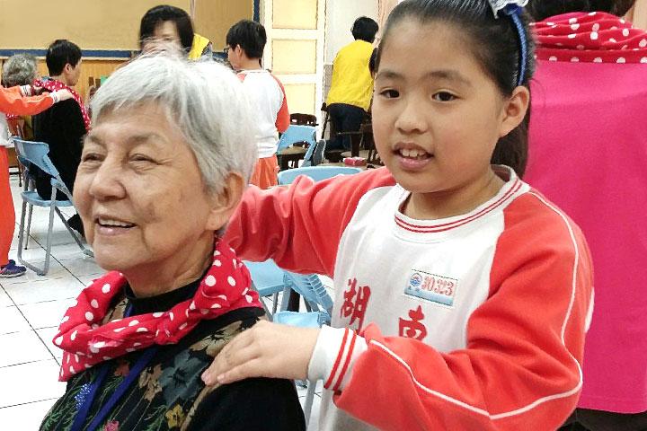 福智慈善基金會老人共餐服務,再添臺北東湖新據點