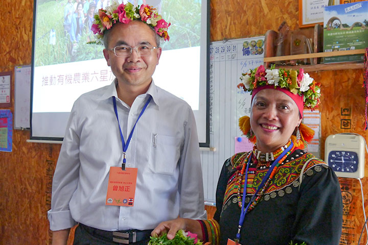 國家發展委員會副主任委員曾旭正關懷部落農民
