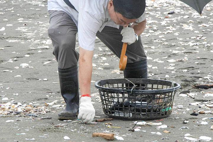 台南觀夕平台淨灘