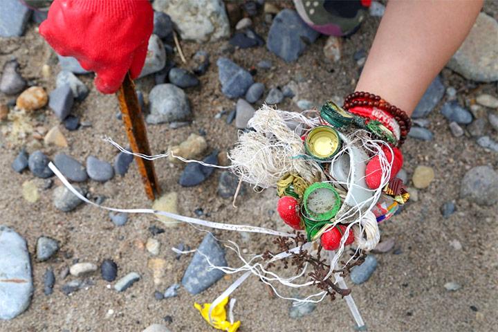 2018慈心福智淨灘,9月跨國清除10.7公噸海洋廢棄物