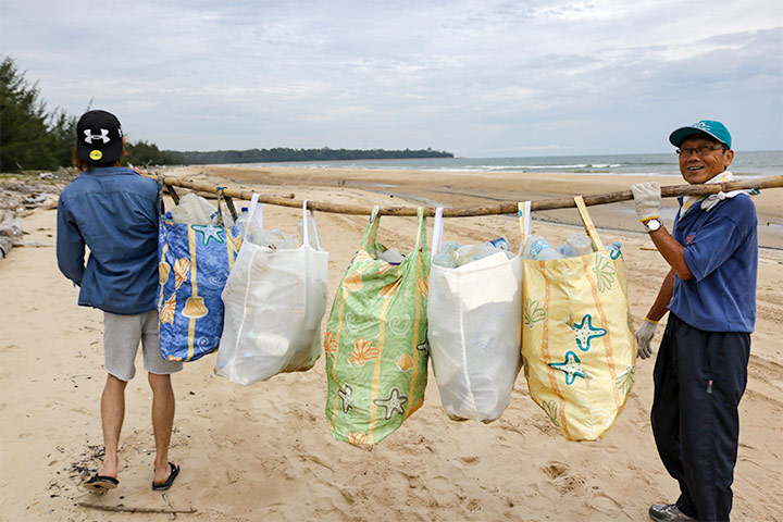 汶萊 Muara Beach 淨灘