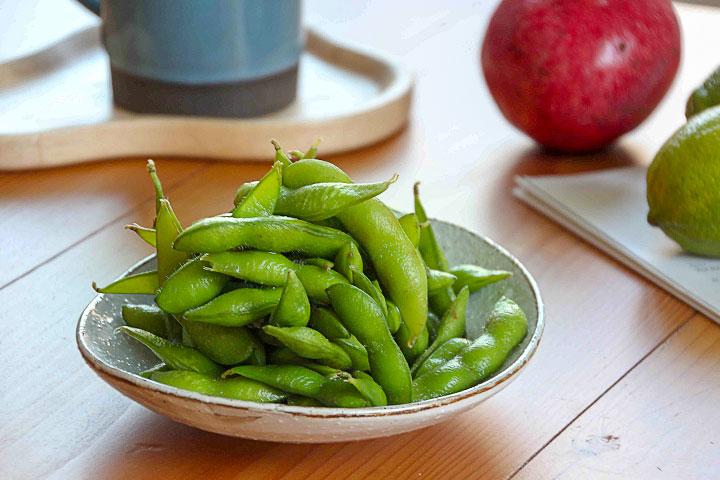 有機冷凍鹽味毛豆-吃起來清香、略帶鹹味的有機毛豆莢,產自雲林,採旱作農法栽種而而成,也間接保護大片的土讓水源