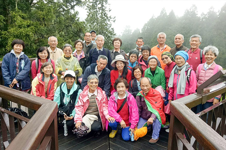 響應「老少共好,幸福臺中」計畫,福智慈善基金會推動銀髮族健康樂活心靈課程