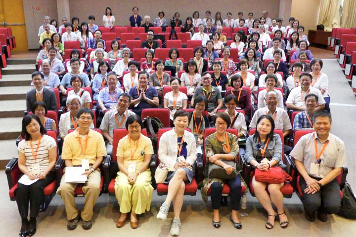 福智文教基金會推動心靈教育建構交流平台,以新世紀大專校院生命教育分享會,激盪教育學者的經驗與智慧