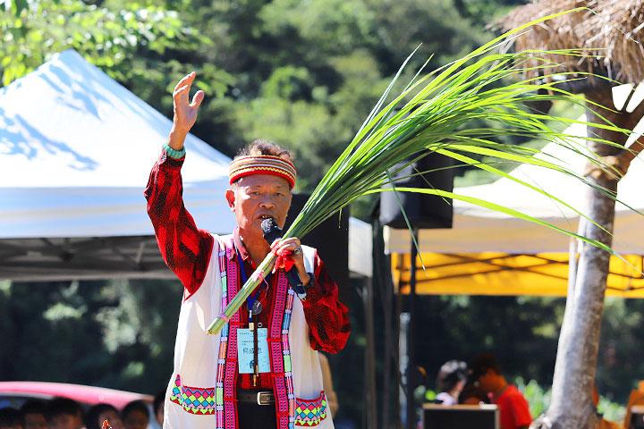 慈心「從瓦拉米到Malavi」成果展中,部落舉行祈求小米豐收儀式,祈願作物、生態與文化都能在這片土地繁盛開展