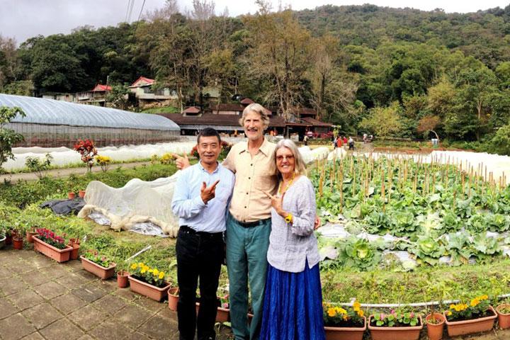 參訪以有機耕作幫助更生人的台北內湖向日農場。(圖片來源/慈心有機農業發展基金會)