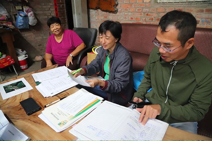 慈心基金會自2007年於坪林推動「淨源計畫」,輔導茶農轉作有機