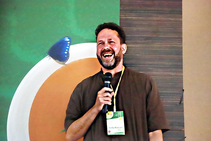 一口茶創辦人Andy Kincart先生,鼓勵臺灣有機茶農展現自家製茶工藝與風味