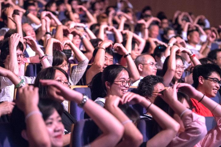 「2021天空之旅福青讚頌演唱會—芳霏谷」一起聽年輕人唱出感恩利他的幸福及深邃智慧