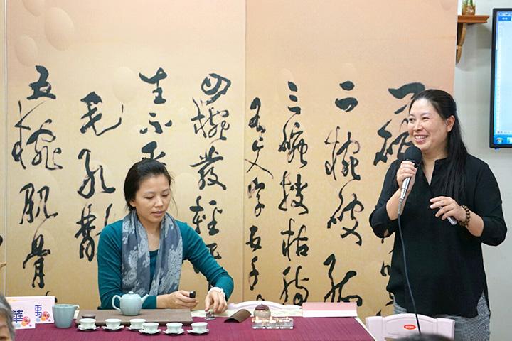 (左起)講師陳沛瑀及陳韻華