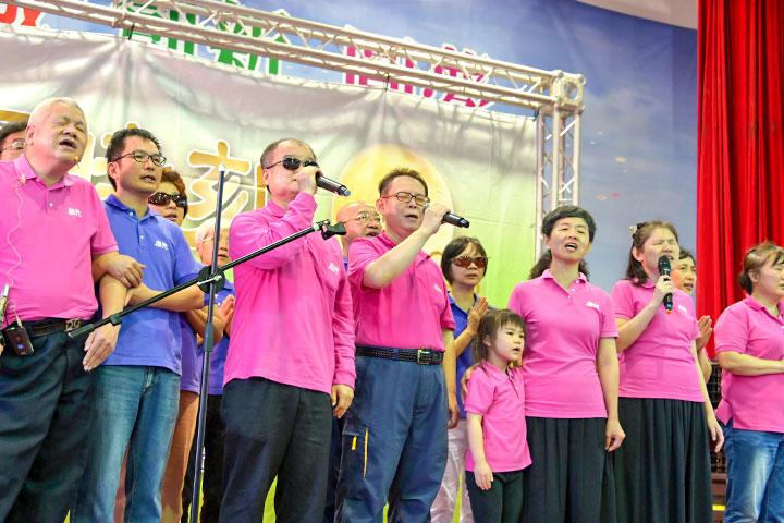福智佛教基金會心光班視障人士帶來精彩的表演
